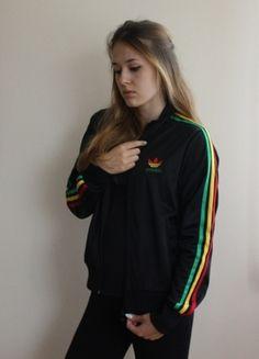 Kup mój przedmiot na #vintedpl http://www.vinted.pl/damska-odziez/bluzy/9907726-bluza-adidas-firebird-rasta-adidas