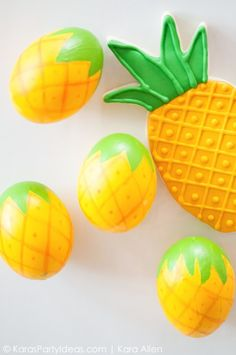 DIY Pineapple Easter Eggs via KarasPartyIdeas.com | Kara Allen | Kara's Party Ideas
