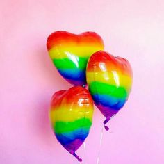 Find images and videos about rainbow and balloons on We Heart It - the app to get lost in what you love. Taste The Rainbow, Rainbow Heart, Over The Rainbow, Rainbow Things, Rainbow Pride, My Funny Valentine, Orange Pastel, Neon Licht, Rainbow Balloons