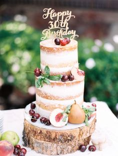 Rustic naked cake: http://www.stylemepretty.com/living/2014/11/21/farm-to-table-30th-birthday-party/ | Photography: Rachel Havel - http://rachelhavel.com/