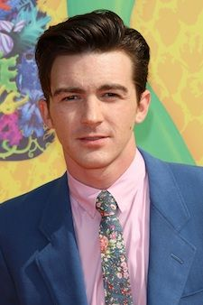 Drake Bell responds to 'I hope you die soon' controversy, saying he was only firing back | TheCelebrityCafe.com