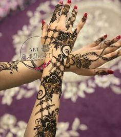 Flowers Drawing Tattoo Embroidery Designs 41+ Ideas #drawing #tattoo #flowers Indian Henna Designs, Floral Henna Designs, Modern Mehndi Designs, Dulhan Mehndi Designs, Henna Tattoo Designs, Mehndi Designs For Hands, Bridal Mehndi Designs, Tattoo Ideas, Mehndi Design Pictures