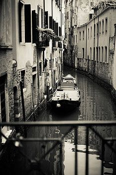 Romatic Italy by Gaukhar Yerk #GaukharYerkFine ArtPhotography #Italy #HomeArt #FineArtPrints #interiorDesign #Homedecor