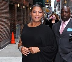 """Queen Latifah was asked by US Magazine, """"Has your success made curvy girls more confident?"""" She replied, """"We know how beautiful we are."""" Spoken like a true queen. Queen Latifah, You Go Girl, Favorite Person, Stargazing, How Beautiful, Classic Style, Black Women, Fashion Beauty, Curves"""