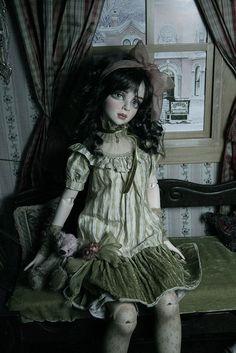 Porcelain Doll - Halloween Costume Idea