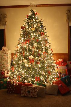 Lit Christmas Tree With Gifts Pictures, Photos, and Images for ...