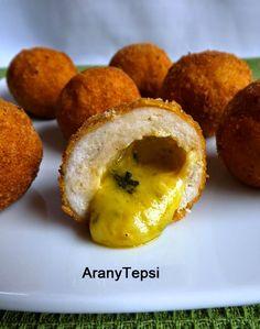AranyTepsi: Kijevi csirkegolyó - le kell hozzá darálni a csirkemellet My Recipes, Baked Potato, Muffin, Food And Drink, Tray, Baking, Fruit, Breakfast, Ethnic Recipes