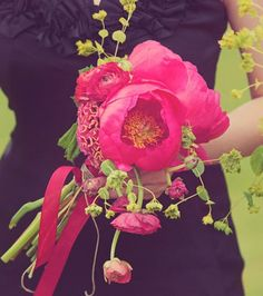 """Cockscomb, peony and ranunculus - love this loose and """"vintage garden"""" feel. In shades of yellows, white and green instead"""