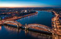 Большеохтинский мост (Мост Петра Великого). Автор фото: Станислав Забурдаев (Xstazio).