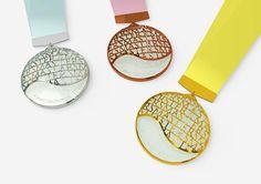 メダル デザイン - Google 検索