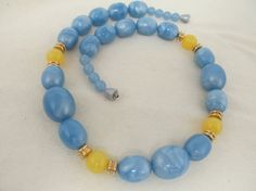 1970s-80s Graduated Blue & Yellow Beaded Necklace by KittyCatShop