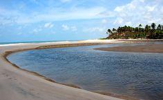 Barra do rio Graú, quase intocada, no extremo sul do litoral paraibano