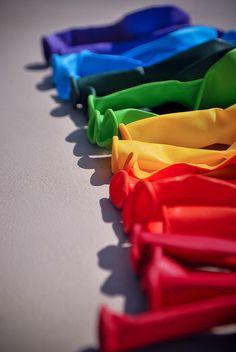 Rainbow | Arc-en-ciel | Arcobaleno | レインボー | Regenbogen | Радуга | Colours | Texture | Style | Form | balloons