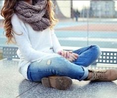 I would totally wear this even without the boots that I can get from aeropostale
