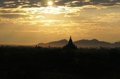 3 Best Family Friendly Activities For Kids in Bagan His Travel, Travel With Kids, Family Travel, Holiday Activities, Activities For Kids, Travel Stroller, Bagan, Vulture, Old City