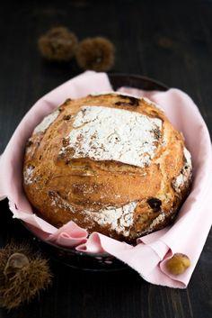 Brot mit Kastanien und Feigen
