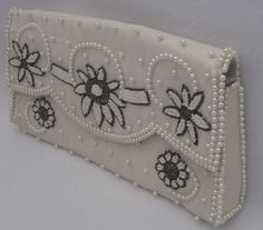 Spring 2013:  Vintage Purses Are IN Fashion!