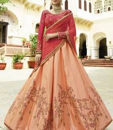 Looking for Lehenga Online: Buy Indian lehenga choli online for brides at best price from Andaaz Fashion UK. Choose from a wide range of latest lehenga designs. * Express delivery, Shop Now! Indian Wedding Lehenga, Indian Wedding Wear, Indian Party Wear, Indian Lehenga, Silk Lehenga, Saree Wedding, Indian Wear, Lehenga Blouse, Heavy Lehenga