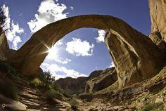 Радужный мост (Rainbow Bridge National Monument) – #Соединённые_Штаты_Америки #Юта (#US_UT) Радужный мост - священное место для индейцев Навахо. http://ru.esosedi.org/US/UT/1000113506/raduzhnyiy_most_rainbow_bridge_national_monument_/