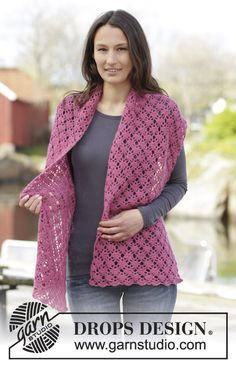 Super pretty #crochet stole with fan pattern - good for both summer and winter!