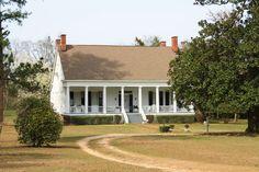 Woodlands Plantation House in Gosport, Clarke County, Alabama. Built in 1840