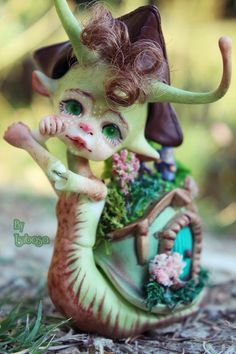 Amazing OOAK Larry the Snail by DollChateau
