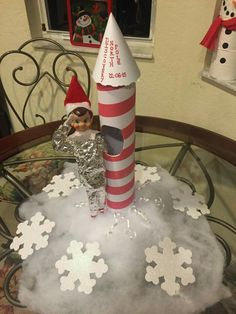 Elf the astronaut...like this as an idea for saying goodbye to the elf for another year!