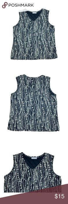 Sleeveless Blouse by Croft & Barrow Size Large 100% Cotton  Bust 39 inches  Length 23 inches  Please keep in mind colors may vary depending on the device you use  Smoke-free, dog friendly home croft & barrow Tops Blouses