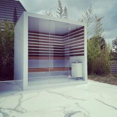 Interested in an (infrared) outdoor sauna or an outside steam room? All of products are available as indoor version as well. The design is exactly the same. Outdoor Sauna, Indoor Outdoor, Outdoor Decor, Modern Saunas, Sauna House, Sauna Steam Room, Sauna Design, Infrared Sauna, Shed Storage