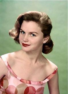 Lee Remick, 1950s Golden Age Of Hollywood, Vintage Hollywood, Hollywood Glamour, Classic Hollywood, Classic Actresses, Beautiful Actresses, Actors & Actresses, Lee Remick, Divas