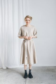 Ellen dress / Kimono linen dress / Loose linen dress /   Etsy Blue Kimono, Kimono Dress, Sustainable Looks, Dress Name, Linen Jackets, Beige, Models, Linen Dresses, Custom Clothes