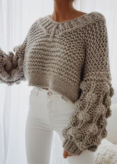 This post contains the best chic fall outfits. These outfits are perfect whether for casual days or for special days. They will make you look stunning. Cute Fall Outfits, Casual Outfits, Fashion Outfits, Womens Fashion, Fashion Trends, Fashion 2018, Outfits 2016, Autumn Outfits, Spring Outfits