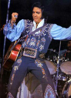 Elvis {Chicken Bone Jumpsuit} 1975