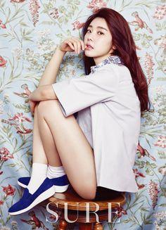 Sojin de Girl's Day posa con un estilo floral para la revista SURE | Soompi Spanish