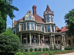 house on Summit Avenue, St. Paul, Minnesota Victorian house on Summit Avenue, St. Victorian Architecture, Historical Architecture, Beautiful Architecture, Beautiful Buildings, Beautiful Homes, Architecture Design, Beautiful Places, Victorian Style Homes, Victorian Gothic