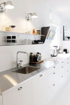 Simple Modern Scandinavian Kitchen Inspirations 46 Simple Modern Scandinavian Kitchen Inspirations | Kitchen