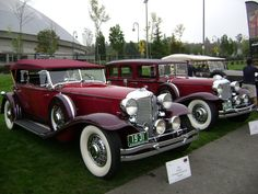 Click this image to show the full-size version. Vintage Cars, Antique Cars, Vintage Auto, Chrysler Cars, Chrysler Imperial, Cars And Motorcycles, Cool Cars, 1930s, Classic Cars