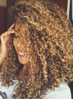 Love the curly color