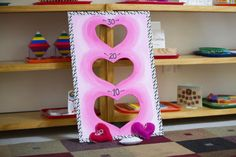 Michaels craft store project idea for valentines school party. Looks cute! Valentines Kids Games, Valentine Day Crafts, Valentine Party, School Holiday Party, School Parties, Michaels Craft, Toss Game, Bag Toss, Games For Kids Classroom
