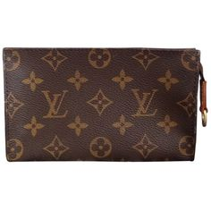 Pre-owned Louis Vuitton Monogram Cosmetic Toiletry Bag ($231) ❤ liked on Polyvore featuring beauty products, beauty accessories, bags & cases, accessories, bags, none, louis vuitton makeup bag, dop kit, makeup purse and travel toiletry case