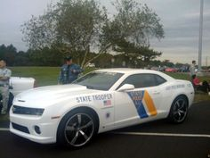 New Jersey State Trooper Camaro. Interesting.... Why do they need a camaro ?Hmmm....