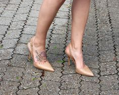Sam Edelman nude sling back heels for the office. LOVE!