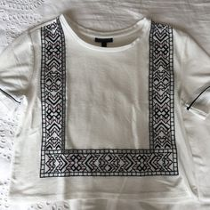 Topshop cut out detail top, excellent condition Selling Online, Extra Money, Second Hand Clothes, Stuff To Buy, Shopping, Fashion, Moda, Fashion Styles, Fashion Illustrations