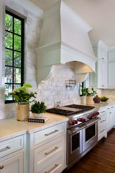 kitchen | love the marble backsplash
