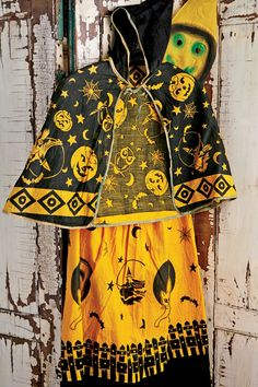 1941 In the 1940s and '50s, classic costumes like witches, ghosts, mummies, pirates, and pumpkins were still popular. This witch costume, with a muslin mask and finished cotton garment and cape, is from the early 1940s.   RYAN BENYI