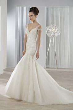 Νυφικά Φορέματα Demetrios 2016 Collection - Style 610