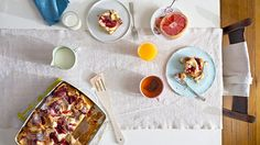 These unfussy recipes--for a crustless quiche, a dazzling fruit salad, an a.m.-appropriate cobbler and more--take about as long to prep as it takes for a pot of coffee to brew.