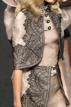 Beautiful blush + lace - Francesco Scognamiglio