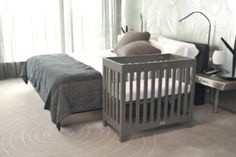 Bloom Alma Mini Urban Crib Frame - Frost Grey - Best Price \My style Small Baby Cribs, Cribs For Small Spaces, Best Baby Cribs, Baby Boy Cribs, Baby Boy Rooms, Baby Girls, Bloom Baby, Shared Bedrooms, Baby Necessities