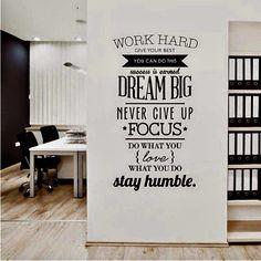 15 quotes voor je kantoormuur die je raken https://www.kantoorruimtevinden.nl/blog/15-quotes-voor-op-kantoor-die-je-raken/